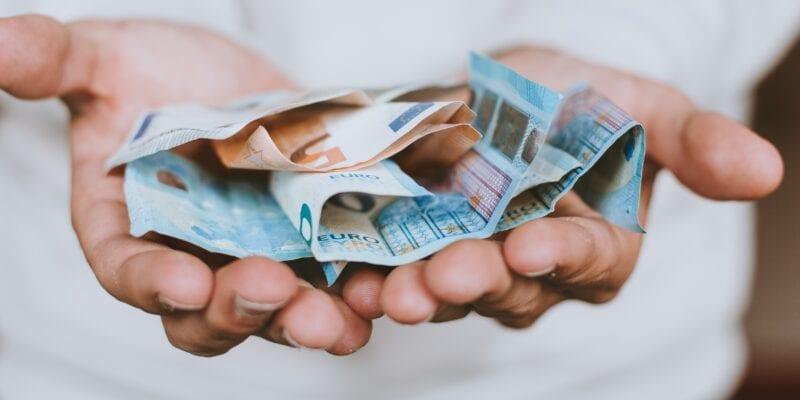 Crowdfunding - Christian Dubovan - Unsplash - Bijgesneden