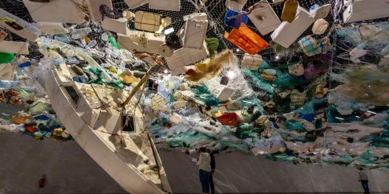 Plastic - Martijn Baudoin via Unsplash